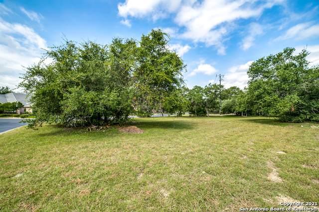 5 Hendon Ln, San Antonio, TX 78257 (MLS #1556696) :: Carter Fine Homes - Keller Williams Heritage