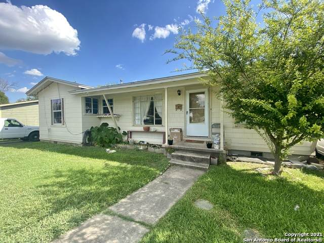 3222 E Southcross Blvd, San Antonio, TX 78223 (MLS #1556968) :: The Glover Homes & Land Group