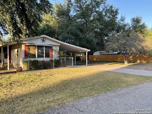 260 Sims St, Brackettville, TX 78832 (MLS #1556980) :: Beth Ann Falcon Real Estate
