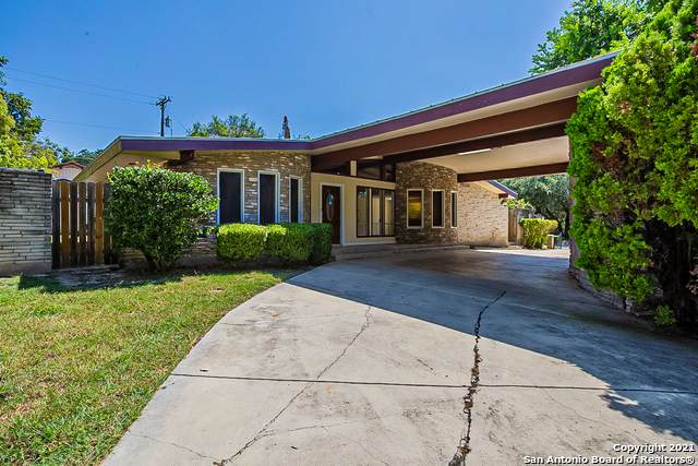 100 Bluet Ln, Castle Hills, TX 78213 (MLS #1557077) :: Santos and Sandberg