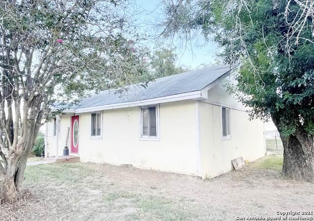 422 County Road 6612 - Photo 1