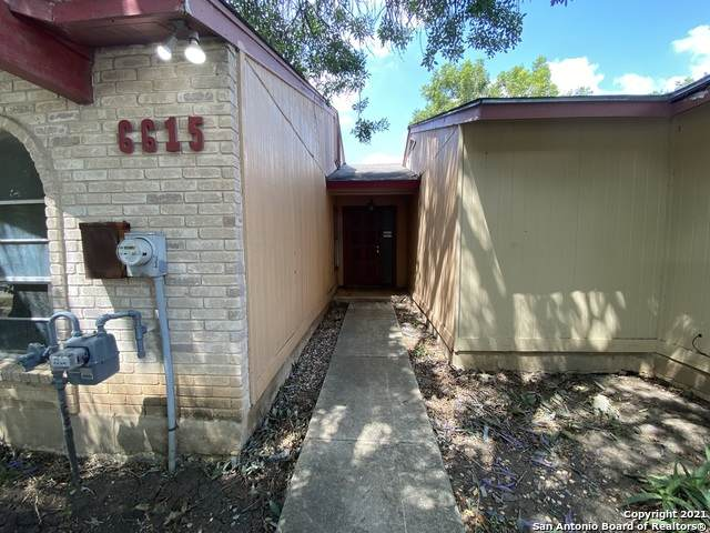 6615 Spring Manor St, San Antonio, TX 78249 (MLS #1557372) :: Alexis Weigand Real Estate Group
