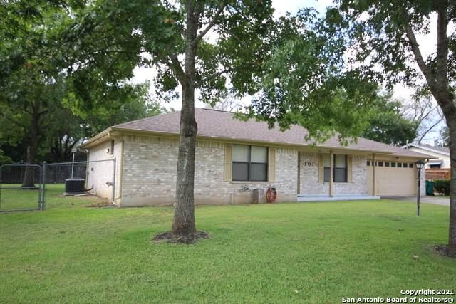 101 Green Meadows, Boerne, TX 78006 (MLS #1557604) :: Texas Premier Realty