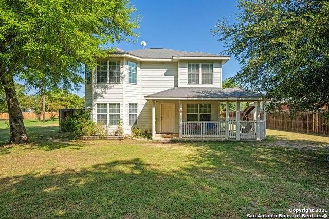 62 Buttercup Ln, Floresville, TX 78114 (MLS #1557623) :: Vivid Realty