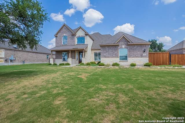 521 Sittre Dr, Castroville, TX 78009 (MLS #1557696) :: Phyllis Browning Company