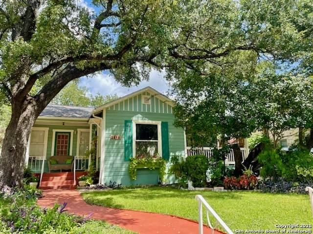 2141 W Magnolia Ave, San Antonio, TX 78201 (MLS #1557931) :: The Glover Homes & Land Group