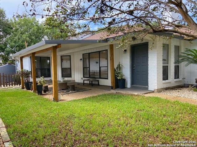 13415 Pebble Hollow, San Antonio, TX 78217 (MLS #1558014) :: Beth Ann Falcon Real Estate