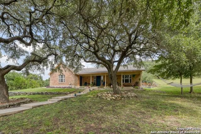 172 Lone Creek Cir, New Braunfels, TX 78132 (MLS #1558016) :: Santos and Sandberg