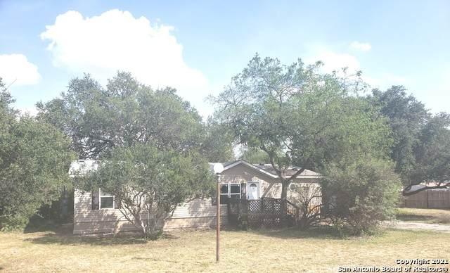4306 Legend Heights, San Antonio, TX 78253 (MLS #1558087) :: Santos and Sandberg