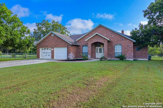 253 Signal Hill, Seguin, TX 78155 (MLS #1558121) :: The Lopez Group