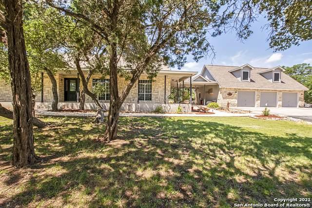 521 Falling Water Dr, Spring Branch, TX 78070 (MLS #1558350) :: Concierge Realty of SA