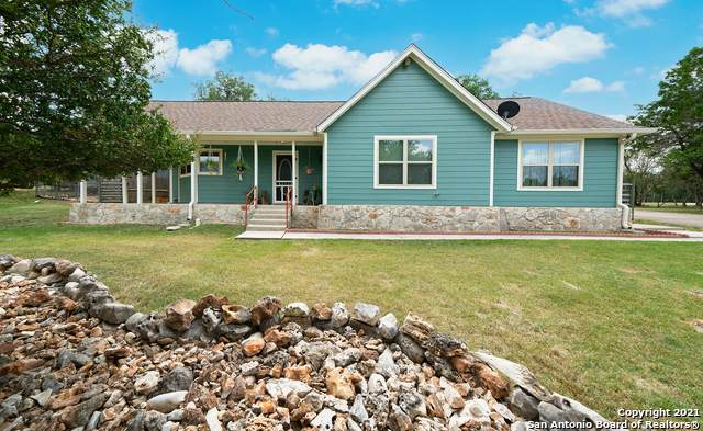 132 Fox Ridge, Canyon Lake, TX 78133 (MLS #1558382) :: The Glover Homes & Land Group