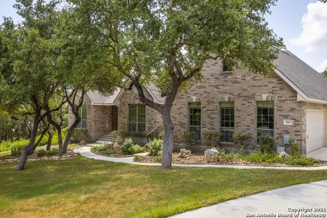 920 Moonlight Dr, Canyon Lake, TX 78133 (MLS #1558529) :: Phyllis Browning Company