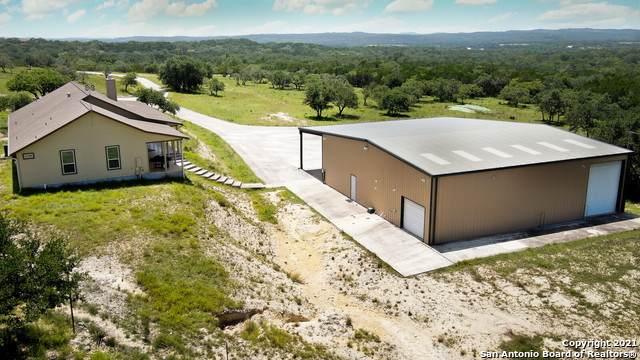 212 Upper Balcones Rd, Boerne, TX 78006 (MLS #1558560) :: Texas Premier Realty