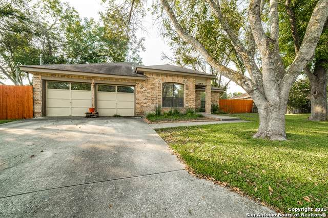 1655 Camellia Ln, New Braunfels, TX 78130 (MLS #1558663) :: EXP Realty