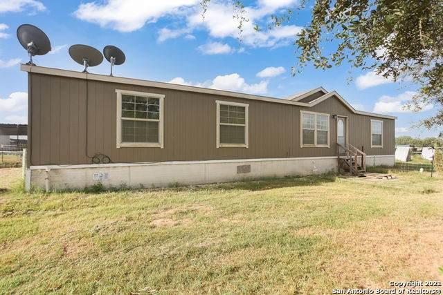223 Kinney Rd, Somerset, TX 78069 (MLS #1558700) :: Phyllis Browning Company