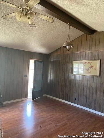 16243 State Highway 55, Uvalde, TX 78801 (MLS #1558735) :: Concierge Realty of SA