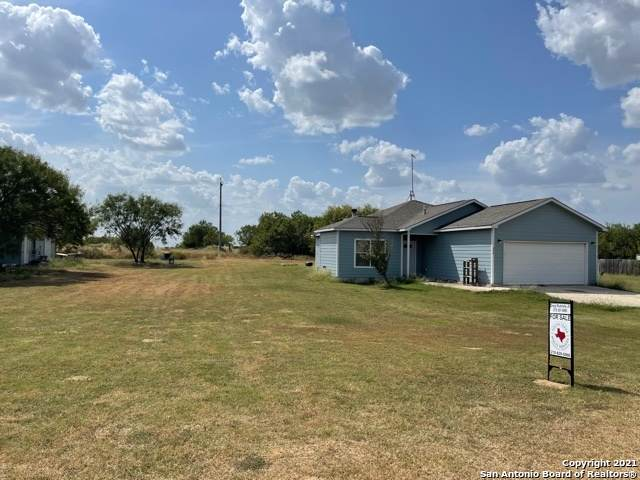 240 Dove Mill Dr, Lytle, TX 78052 (MLS #1558776) :: Concierge Realty of SA