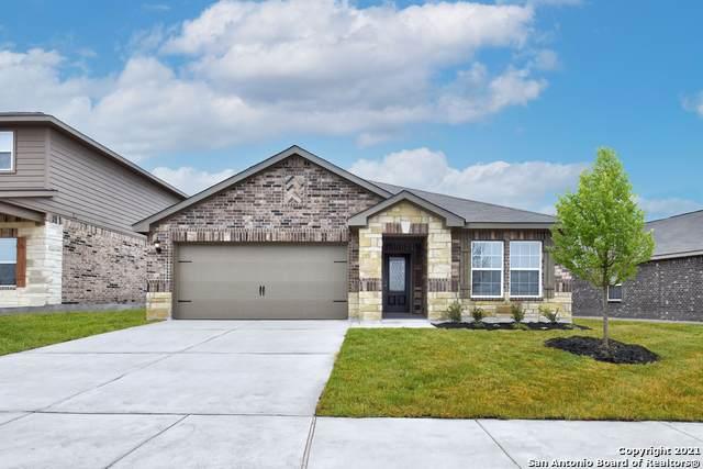 9247 Foxing Bluff, Converse, TX 78109 (MLS #1558800) :: Beth Ann Falcon Real Estate