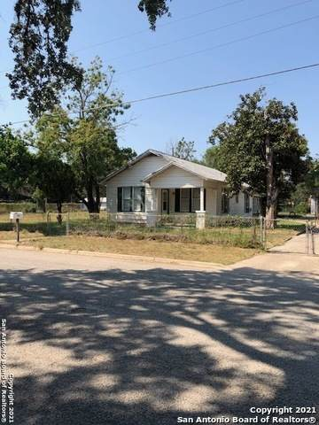 707 San Antonio St, Pleasanton, TX 78064 (MLS #1558834) :: EXP Realty
