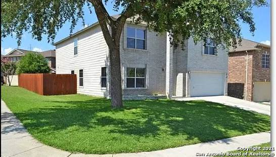 6903 Elmwood Crest, Live Oak, TX 78233 (MLS #1558993) :: Santos and Sandberg