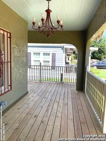 1723 Mckinley Ave, San Antonio, TX 78210 (MLS #1559063) :: Alexis Weigand Real Estate Group