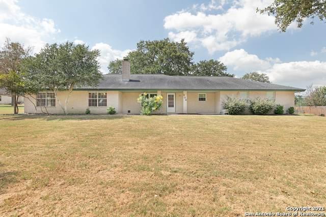 206 Deer Ridge Dr, La Vernia, TX 78121 (MLS #1559191) :: Concierge Realty of SA