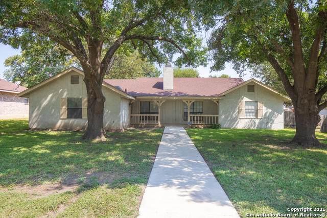 1723 Patricia, San Antonio, TX 78213 (MLS #1559197) :: Phyllis Browning Company