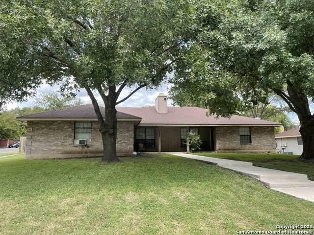 1727 Patricia, San Antonio, TX 78213 (MLS #1559198) :: Phyllis Browning Company