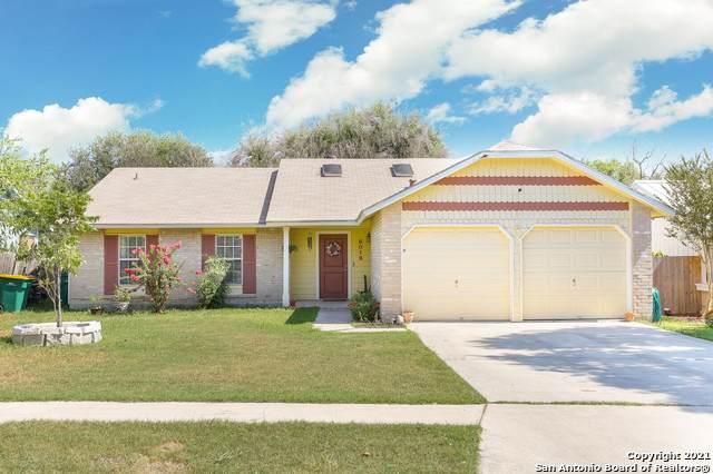 8018 Pioneer Oak, Converse, TX 78109 (MLS #1559215) :: Santos and Sandberg