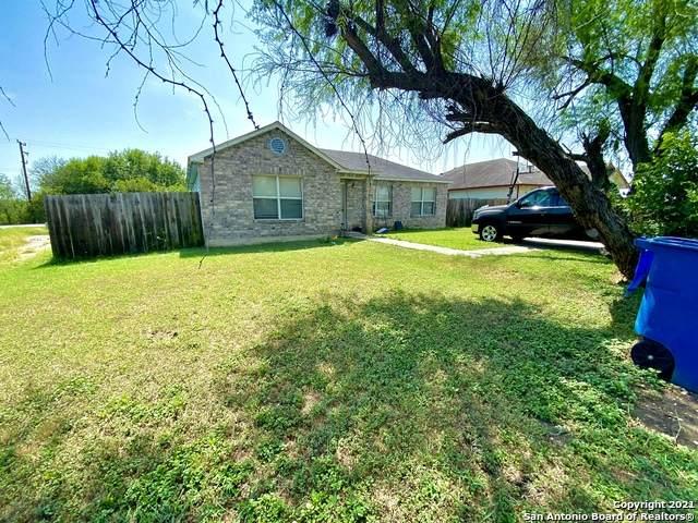 502 Regal View, San Antonio, TX 78220 (MLS #1559260) :: Beth Ann Falcon Real Estate