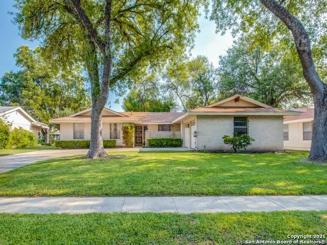 5114 Merlin Dr, San Antonio, TX 78218 (MLS #1559330) :: Alexis Weigand Real Estate Group