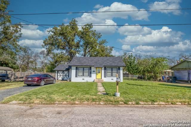132 Fenley St, Uvalde, TX 78801 (MLS #1559358) :: Vivid Realty