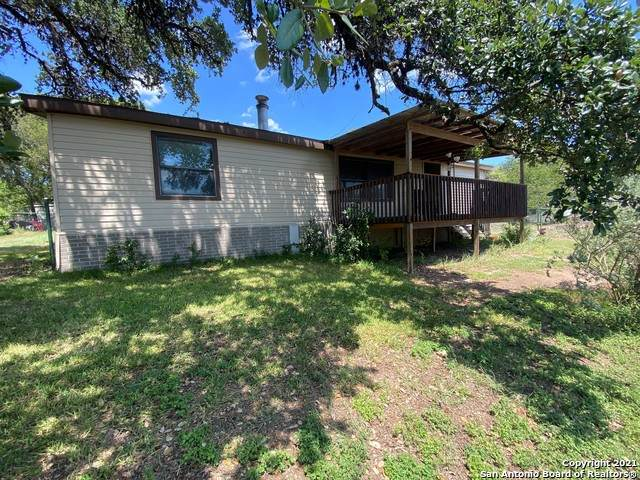 250 W Clark Dr, Canyon Lake, TX 78133 (MLS #1559380) :: Alexis Weigand Real Estate Group