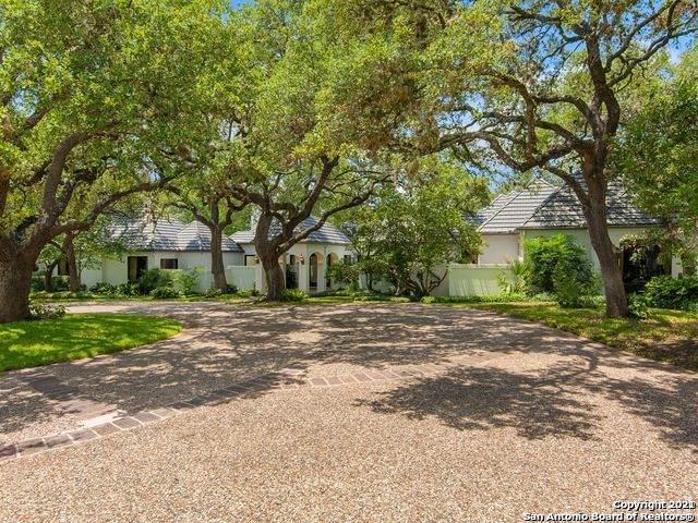 1 Dartford Ln, San Antonio, TX 78257 (MLS #1559439) :: The Gradiz Group