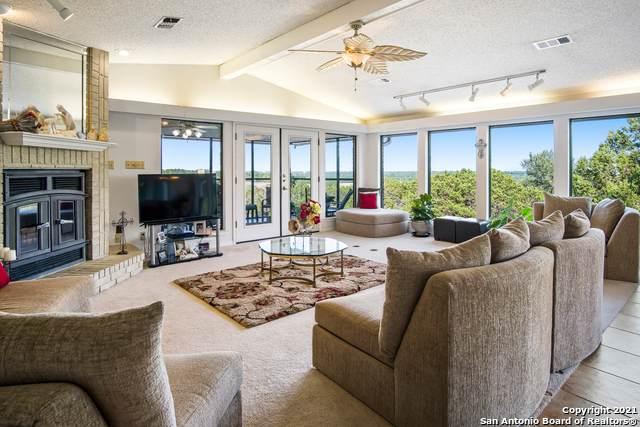 1068 Madeline St, New Braunfels, TX 78132 (MLS #1559592) :: BHGRE HomeCity San Antonio