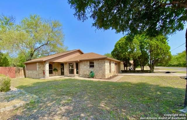 1018 Fort Clark Rd, Brackettville, TX 78832 (MLS #1559598) :: The Gradiz Group