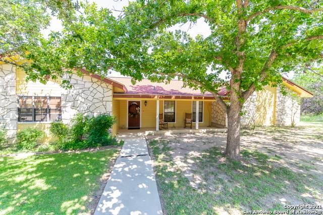 112 Treetops Ln, Kerrville, TX 78028 (MLS #1559681) :: EXP Realty