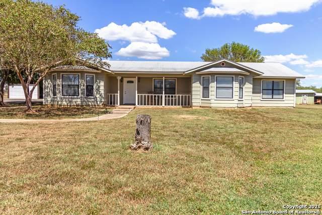 160 Parkfield, Pleasanton, TX 78064 (MLS #1560080) :: Neal & Neal Team