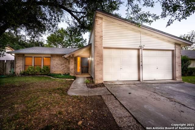 5726 Misty Glen, San Antonio, TX 78247 (MLS #1560152) :: Phyllis Browning Company
