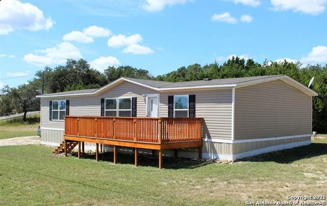 298 Private Road 1523, Bandera, TX 78003 (MLS #1560241) :: 2Halls Property Team | Berkshire Hathaway HomeServices PenFed Realty