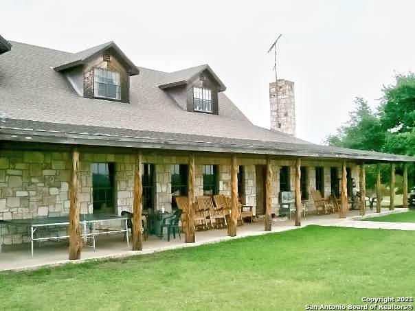 9266 Bandera Creek, Bandera, TX 78003 (MLS #1560272) :: Exquisite Properties, LLC