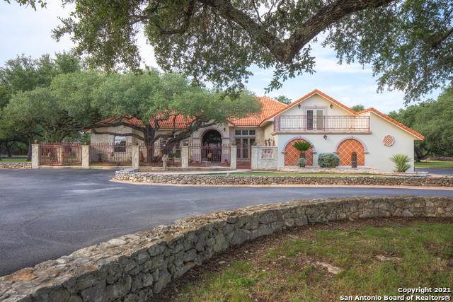 236 Rolling View Dr, Boerne, TX 78006 (MLS #1560287) :: Phyllis Browning Company