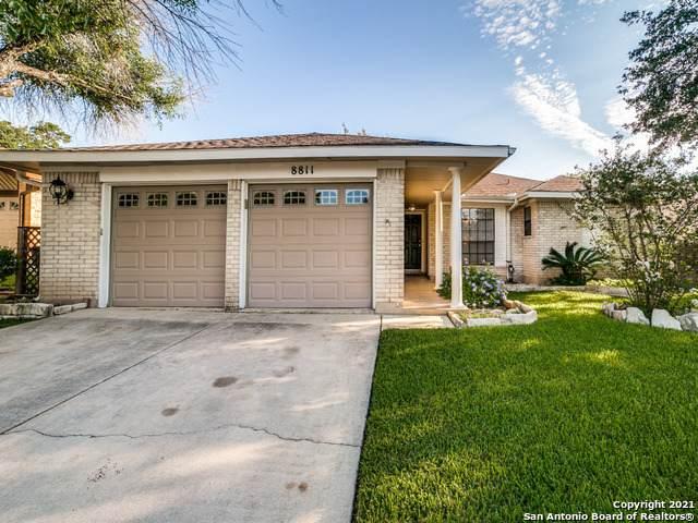 8811 Ridge Gate St, San Antonio, TX 78250 (#1560414) :: Zina & Co. Real Estate