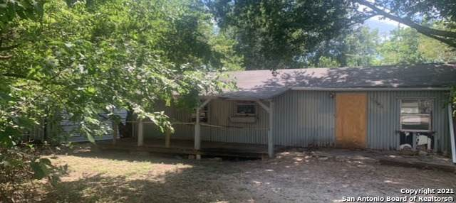 1564 Valley Dr, Canyon Lake, TX 78133 (MLS #1560442) :: Neal & Neal Team