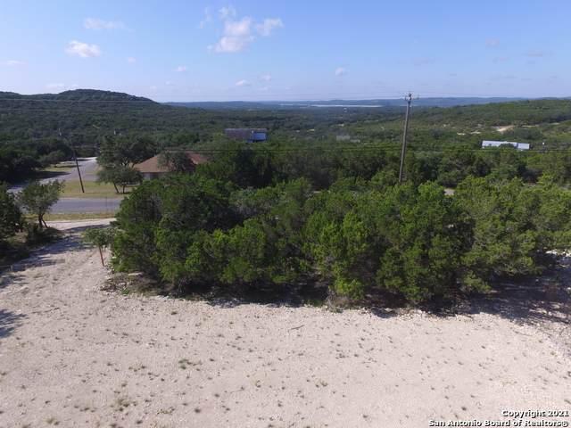 56 Lakepark Dr, Lakehills, TX 78063 (MLS #1560450) :: EXP Realty