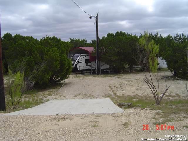 249 Pecos Rd, Bandera, TX 78003 (MLS #1560490) :: The Rise Property Group