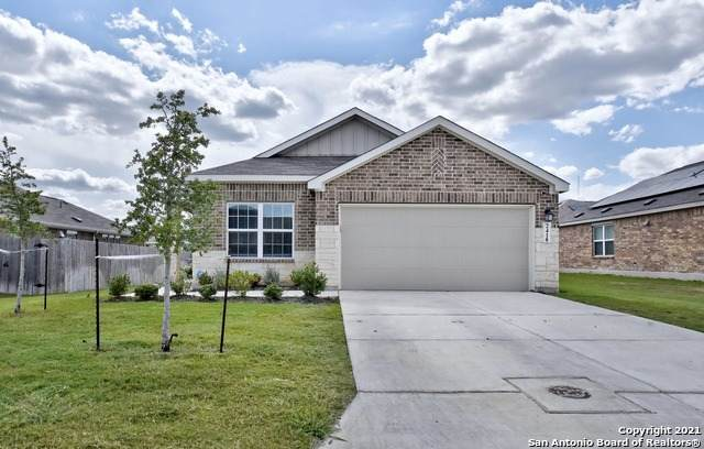 2418 Moselle Ln, New Braunfels, TX 78130 (MLS #1560572) :: The Glover Homes & Land Group