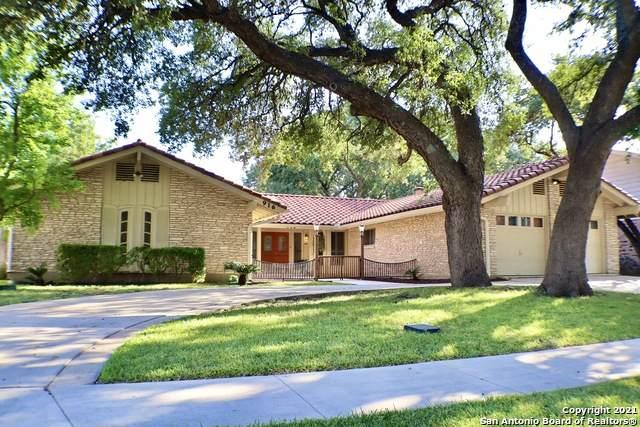 916 Fabulous Dr, San Antonio, TX 78213 (MLS #1560623) :: Alexis Weigand Real Estate Group