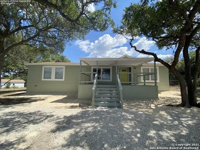 1344 Deer Run Pass, Canyon Lake, TX 78133 (MLS #1560674) :: The Lopez Group